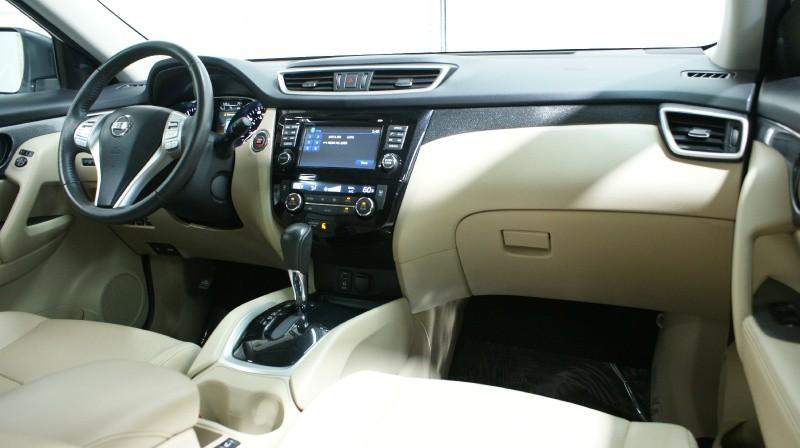 Nissan Rogue 2016 price $20,800