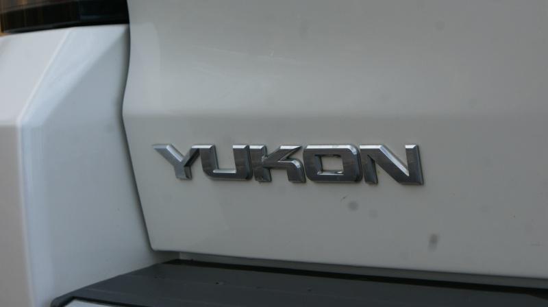 GMC Yukon 2015 price 35880 + $499(D&H)