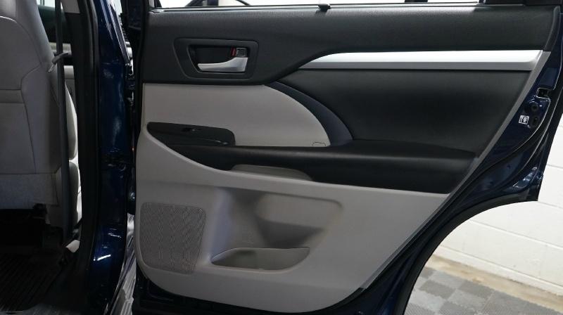 Toyota Highlander 2016 price 26800 + $499(D&H)