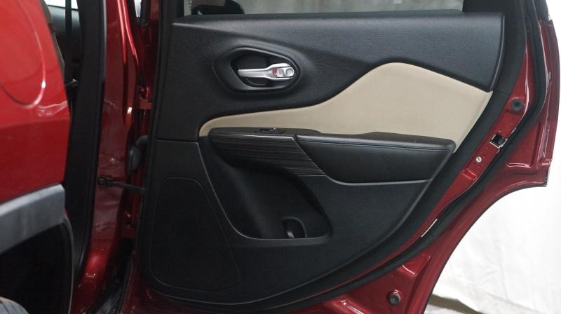 Jeep Cherokee 2016 price 15980 + $499(D&H)