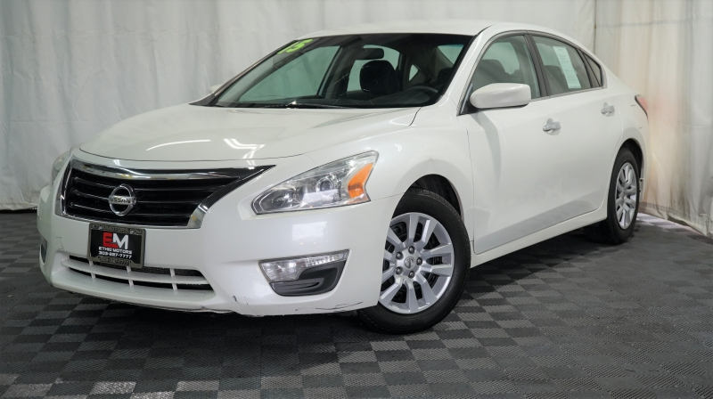 Nissan Altima 2015 price 12800 + $499(D&H)