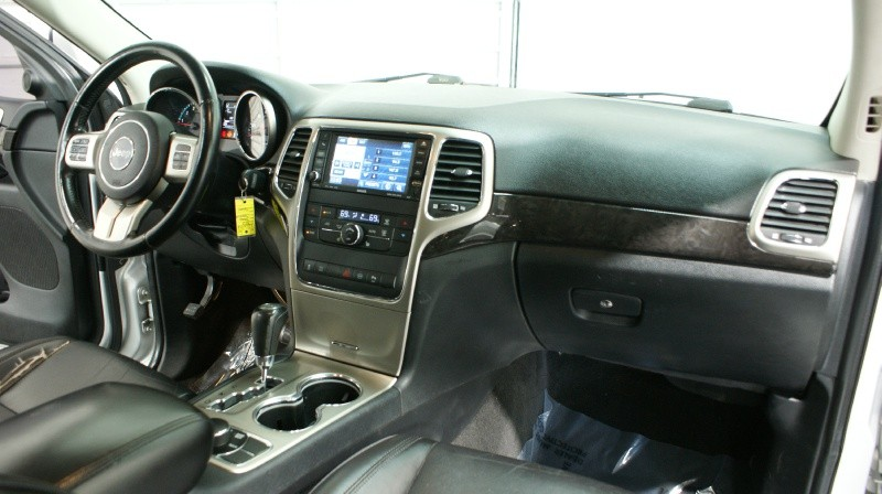 Jeep Grand Cherokee 2011 price Call For Price