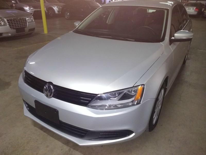 Volkswagen Jetta Sedan 2011 price $4,995 Cash