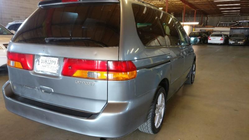 Honda Odyssey 2002 price $2,495 Cash