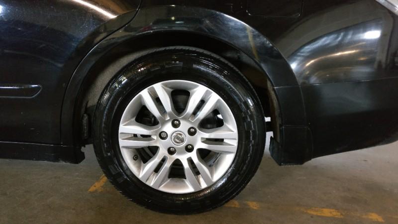 Nissan Altima 2010 price $4,495 Cash