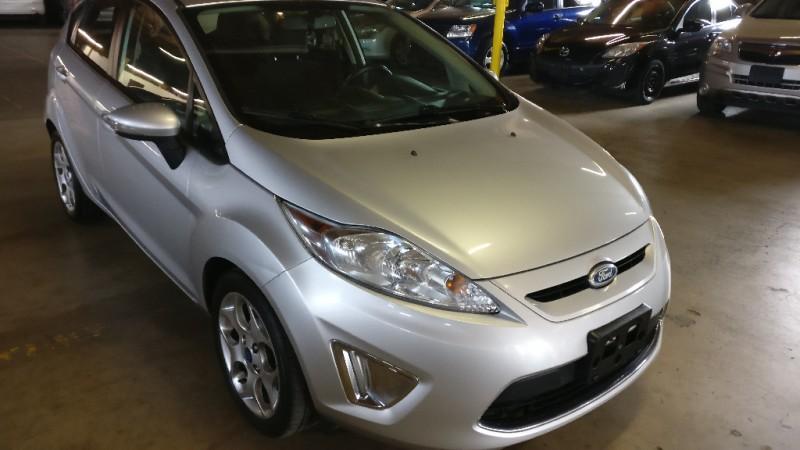 Ford Fiesta 2011 price $3,495 Cash