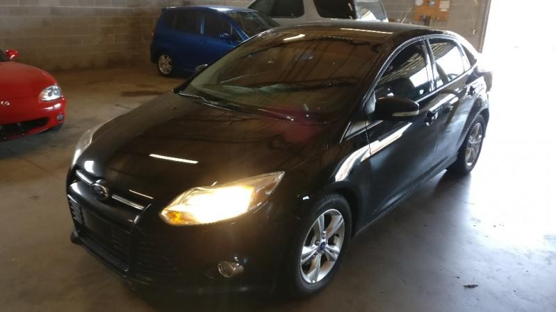 Ford Focus 2012 price $3,995 Cash