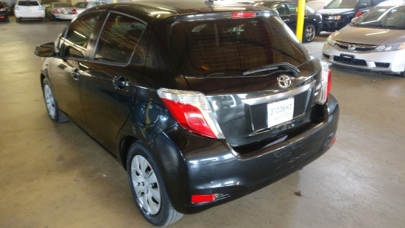Toyota Yaris 2012 price $4,495 Cash