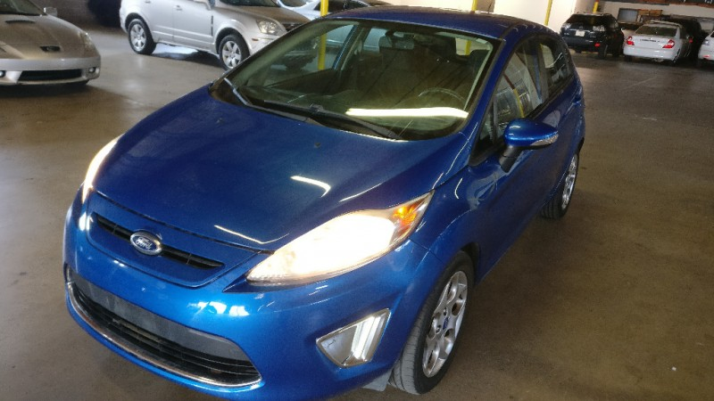 Ford Fiesta 2011 price $4,995 Cash
