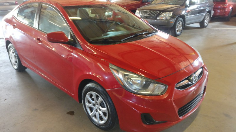 Hyundai Accent 2012 price $3,995 Cash