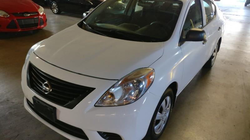 Nissan Versa 2014 price $4,495 Cash