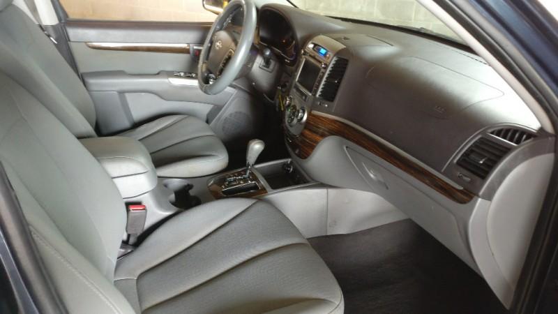 Hyundai Santa Fe 2010 price $4,995 Cash