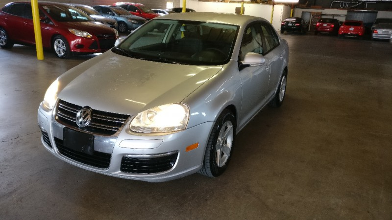 Volkswagen Jetta Sedan 2010 price $3,495 Cash