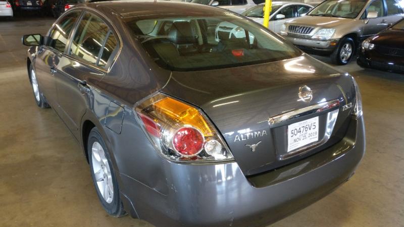 Nissan Altima 2008 price $3,695 Cash
