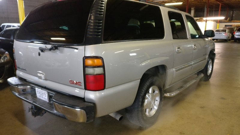 GMC Yukon XL 2004 price $4,495 Cash