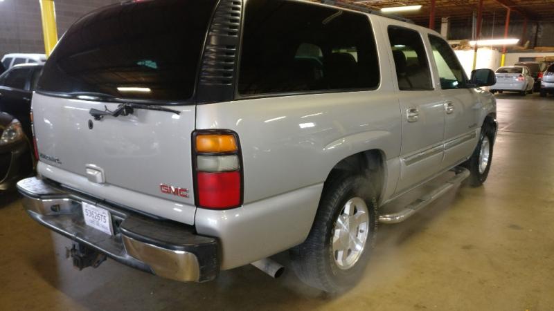 GMC Yukon XL 2004 price $3,995 Cash