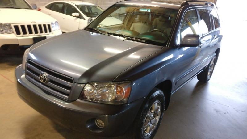 Toyota Highlander 2007 price $5,995 Cash