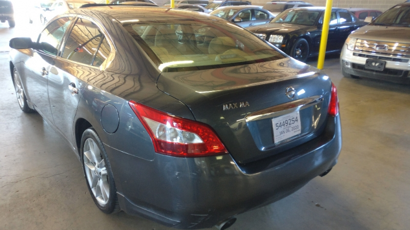 Nissan Maxima 2010 price $3,995 Cash