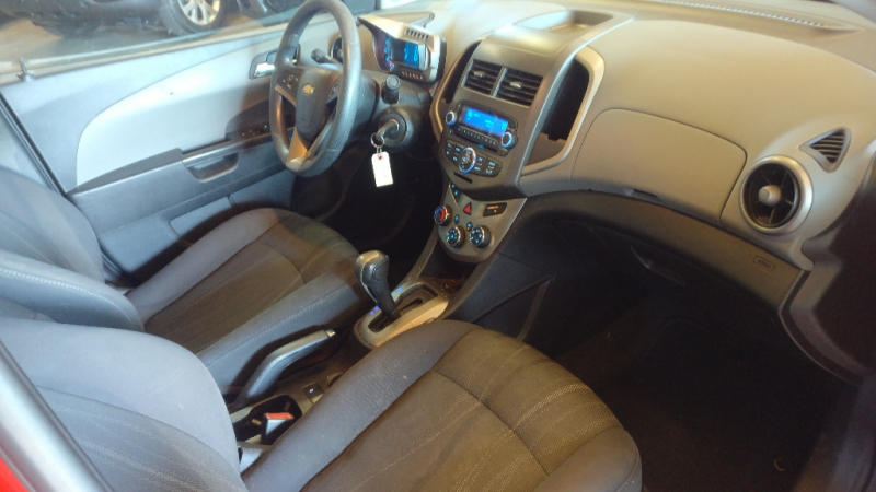 Chevrolet Sonic 2013 price $3,995 Cash