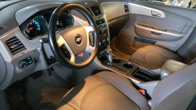 Chevrolet Traverse 2009 price $4,995 Cash