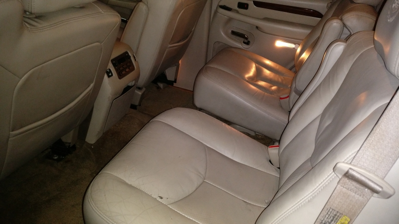 Cadillac Escalade 2003 price $4,995 Cash