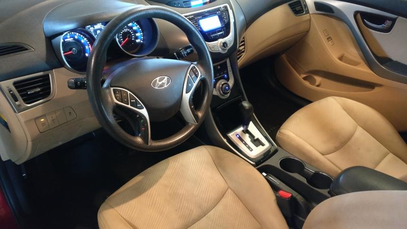 Hyundai Elantra 2012 price $4,995 Cash