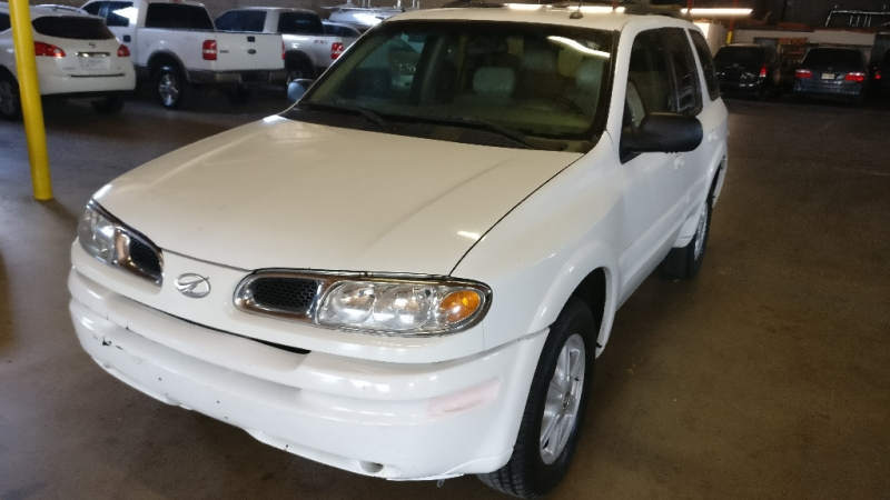 Oldsmobile Bravada 2004 price $2,995 Cash