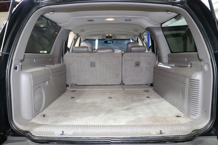 Chevrolet Suburban 2005 price $7,500