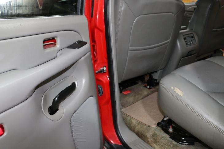 Chevrolet Tahoe 2006 price $5,000