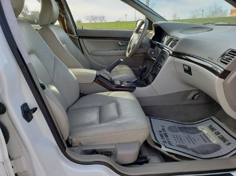 VOLVO S80 2004 price $3,500