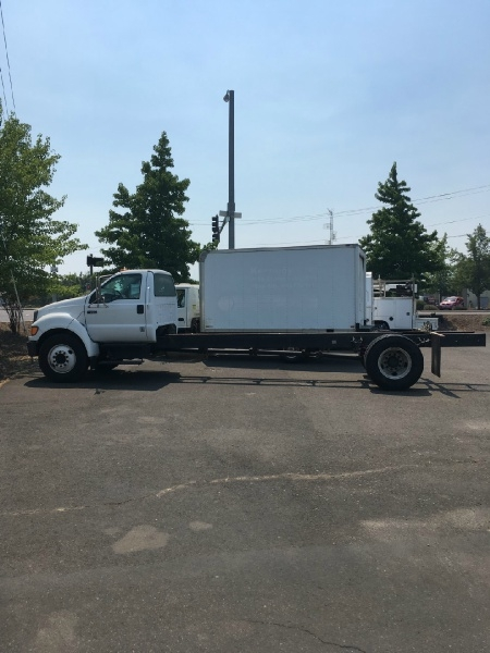 Ford F650 2004 price $12,975
