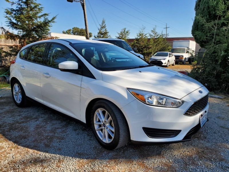 Ford Focus 2018 price $10,975