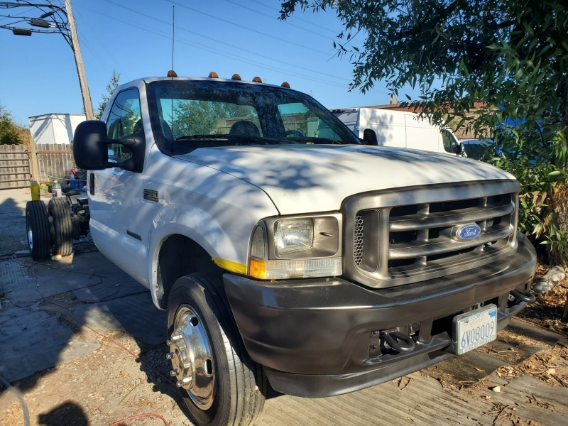 Ford Super Duty F-550 DRW 2002 price $13,975