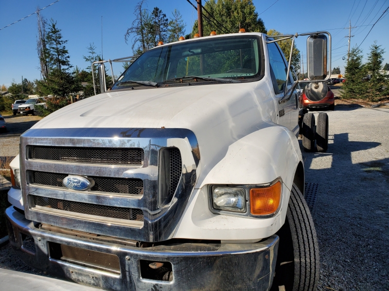 Ford Super Duty F-650 Straight Frame 2006 price $19,975