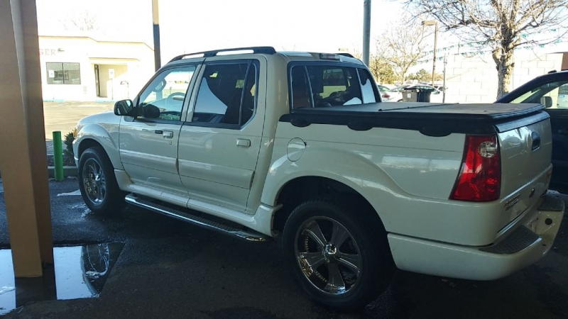 FORD EXPLORER SPORT 2005 price $8,995