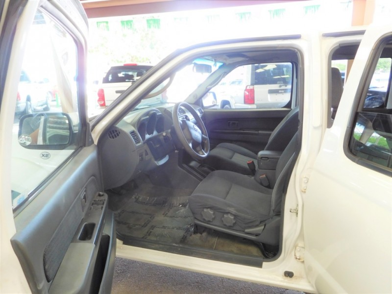 NISSAN FRONTIER 2004 price $9,995