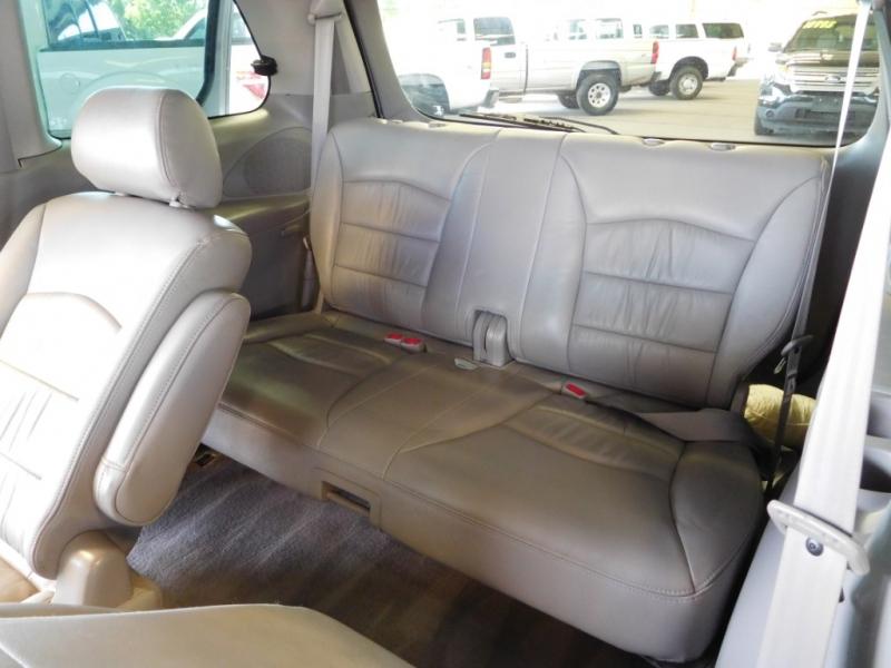 MAZDA MPV 2002 price $7,995