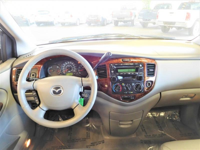 Mazda MPV Wagon 2002 price $7,995