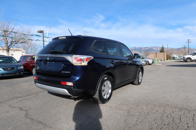 MITSUBISHI OUTLANDER 2015 price Call for Pricing.