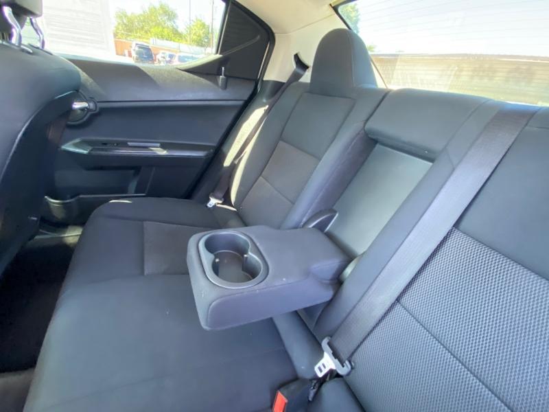 Dodge Avenger 2010 price $9,995