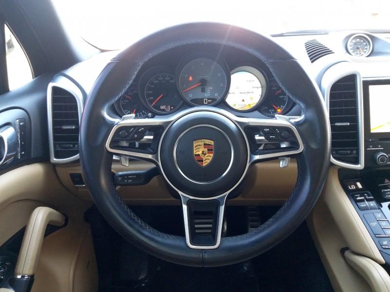 Porsche Cayenne 2017 price $43,995