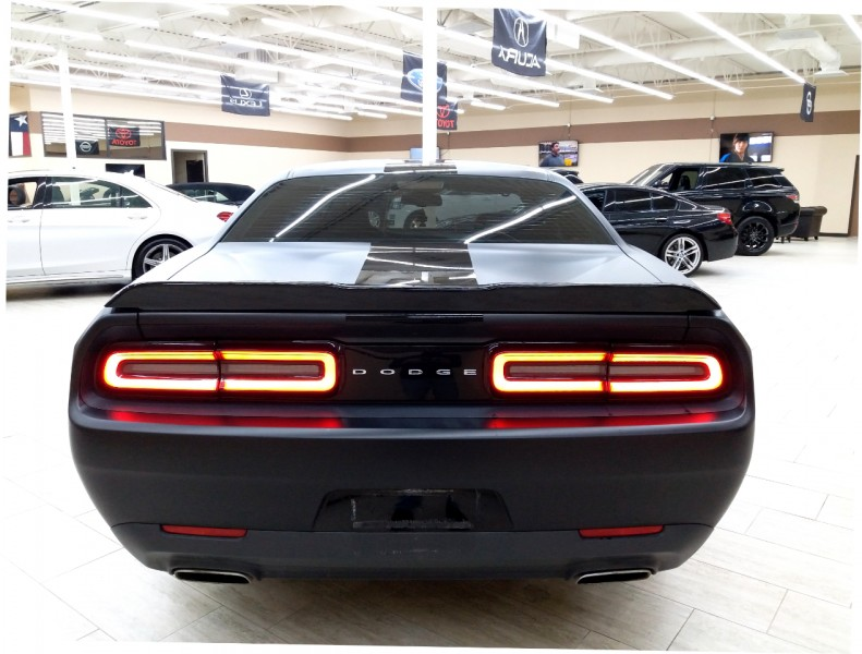 Dodge Challenger 2017 price $16,995