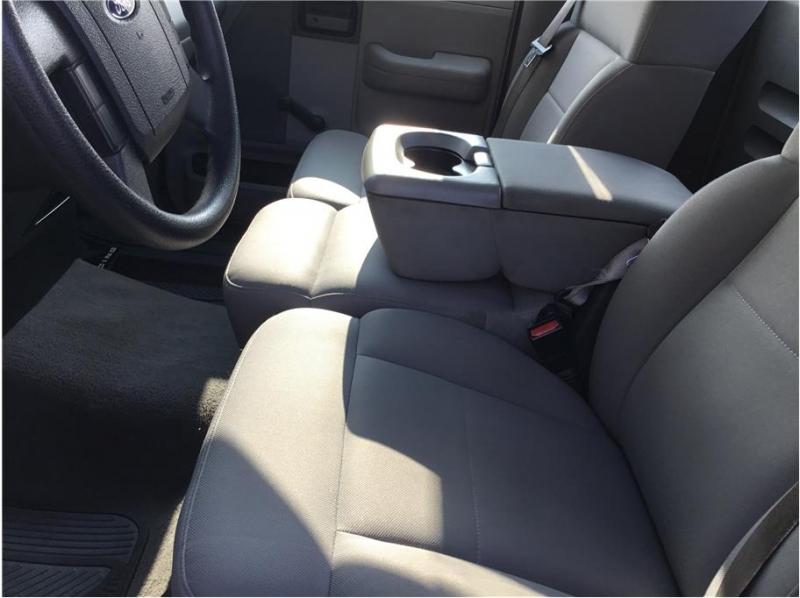 Ford F150 Regular Cab 2006 price $6,495