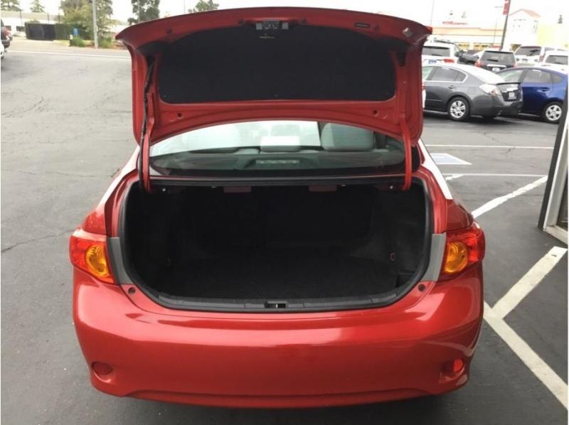 Toyota Corolla 2010 price $6,995