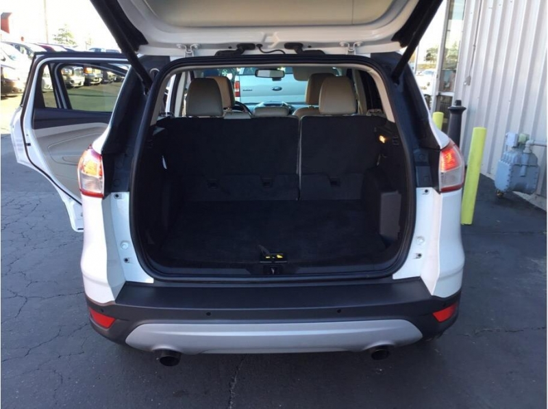 Ford Escape 2014 price $13,995