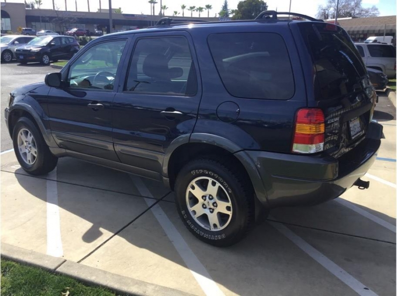 Ford Escape 2004 price $4,995