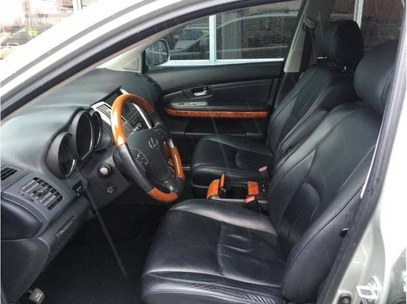 Lexus RX 2005 price $10,995