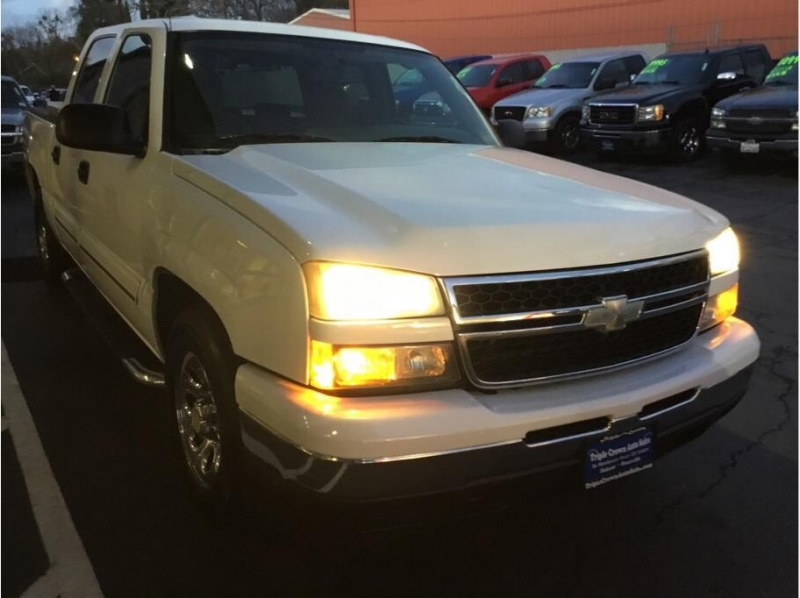 Chevrolet Silverado (Classic) 1500 Crew Cab 2007 price $16,995