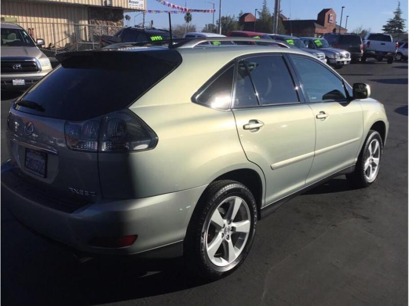 Lexus RX 2005 price $9,995