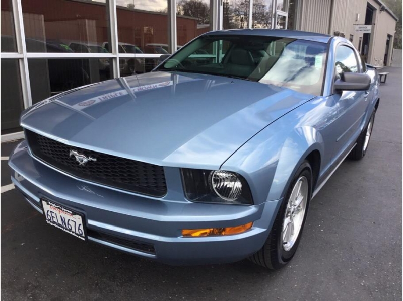 Ford Mustang 2007 price $7,995